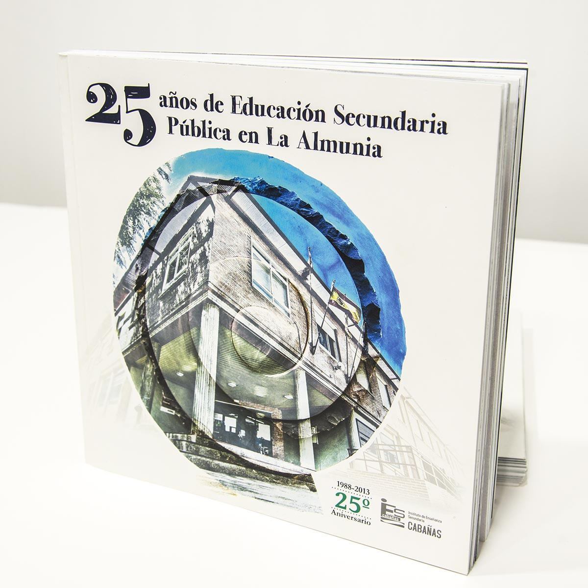 Libro 25 años de Educación Secundaria Pública en La Almunia