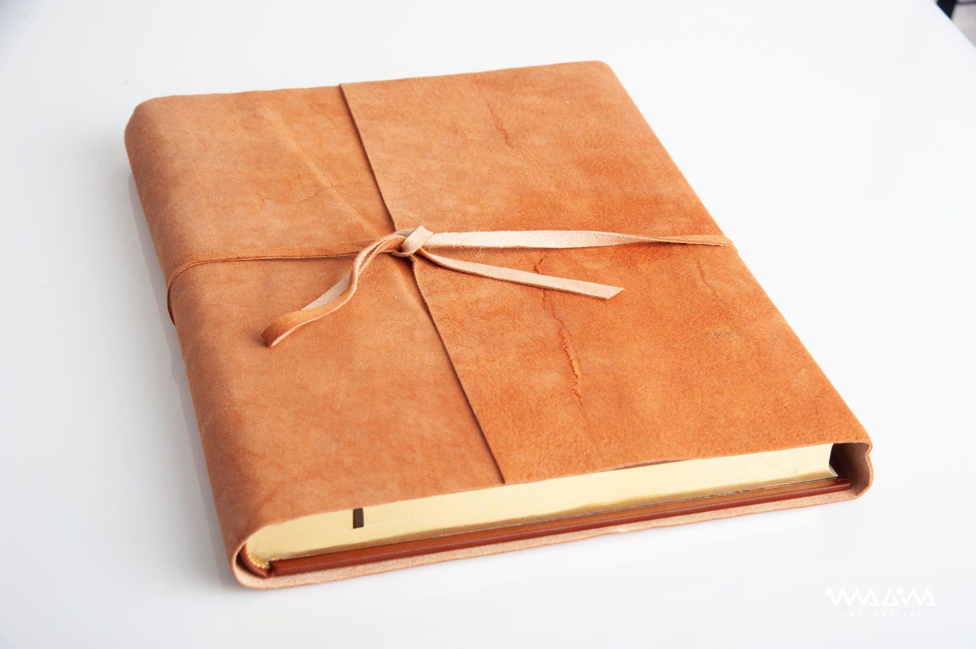 Libros de Honor para organismos oficiales e instituciones